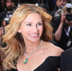 Julia Roberts cosmetic dentistry